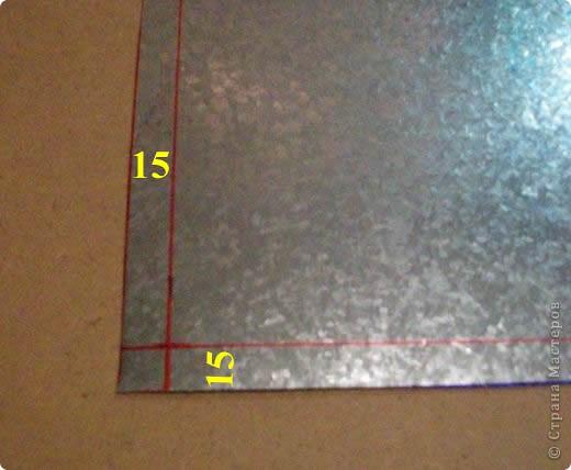 Сделать коробок своими руками из картона ни для кого не представляет серьезных трудностей. Немного посложней работать с оцинкованным железом, но коробок для себя можно сделать. Несколько слов об оцинкованном железе.  Продается часто в строительных магазинах размерами 1000мм х 2000мм, толщиной 0,35 мм. по цене 80-100 гривень за лист.  фото 3