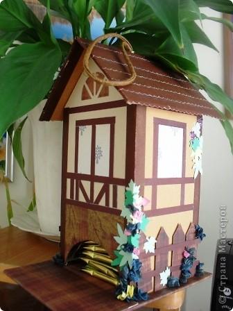 Вот такой домик я сделала в подарок замечательной мастерице AnnaDemakova фото 1