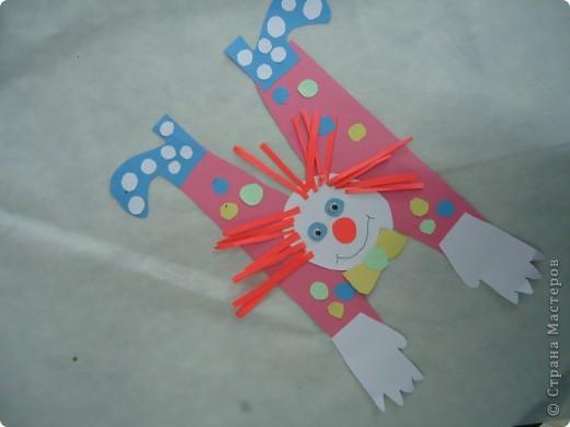 Клоуны-акробаты фото 4