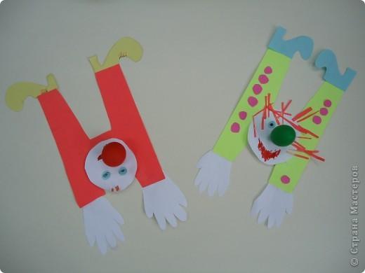 Клоуны-акробаты фото 10