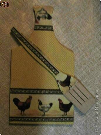 Вот такие чудо-доски и лопаточки у нас получились к празднику. И хлеб порезать можно (на обратной стороне, и блинчики перевернуть... фото 6