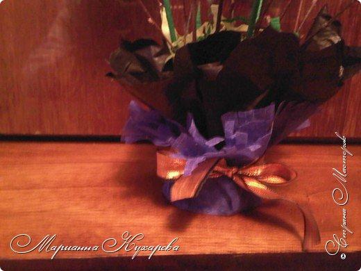 Конфетно-цветочный подарок фото 4