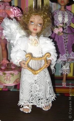 Появилась у меня такая девочка-ангелочек=) Сделана из запекаемого пластика на каркасе.  Около 24 см.. фото 7