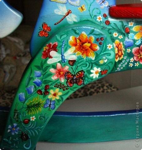 Это дневная сторона. Много цветов и бабочек фото 3