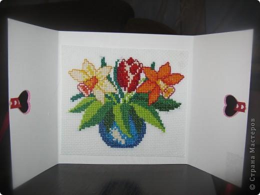 Открытка ручной работы с элементами вышивки , размер 15*15 см фото 1