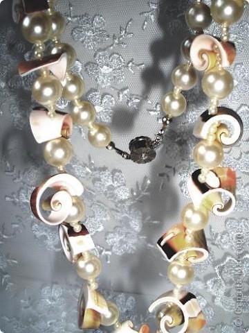 Комплект Бирюзовая сказка. выполнен из полимерной глины, сваровски, бирюзы, ажурных бусин и чашечек.   фото 11