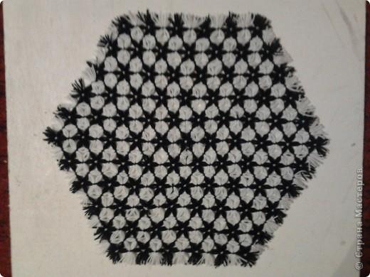 Плетение салфеток на рамке.  фото 5