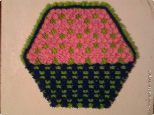 Плетение салфеток на рамке.  фото 6