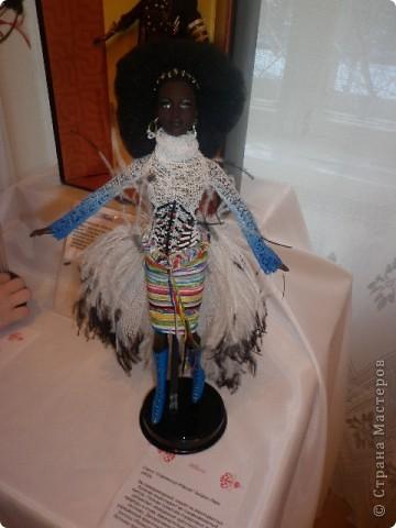 Недавно побывали с сынулей на выставке, делимся с вами. Куклы барби эксклюзивные выпуски по несколько штук партия фото 19