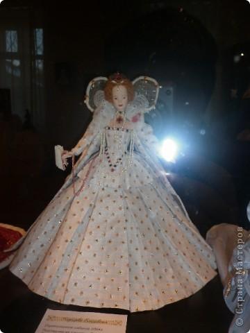 Недавно побывали с сынулей на выставке, делимся с вами. Куклы барби эксклюзивные выпуски по несколько штук партия фото 21