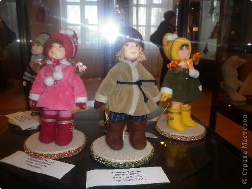 Недавно побывали с сынулей на выставке, делимся с вами. Куклы барби эксклюзивные выпуски по несколько штук партия фото 28