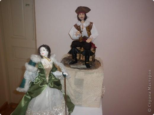 Недавно побывали с сынулей на выставке, делимся с вами. Куклы барби эксклюзивные выпуски по несколько штук партия фото 33