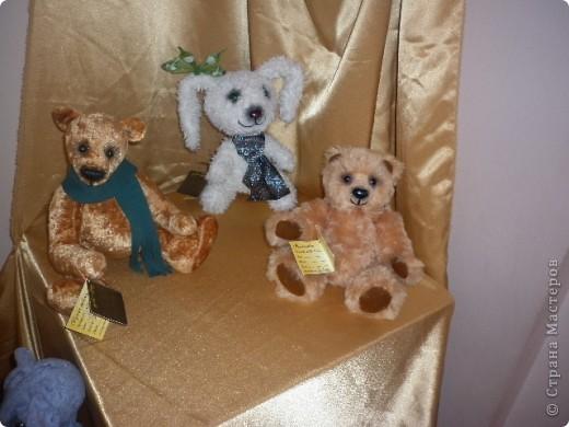 Недавно побывали с сынулей на выставке, делимся с вами. Куклы барби эксклюзивные выпуски по несколько штук партия фото 37
