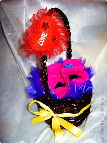 8 Марта из конфет  фото 5