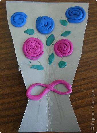 Шляпки-открытки для мам приготовили ребята 5-5,5 лет. Цветы из мокрой бумаги. фото 14