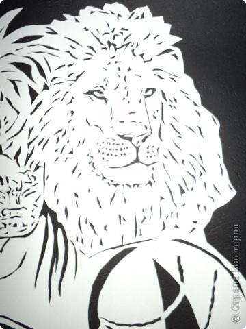 Девушка со львами фото 3