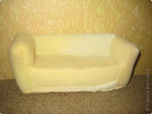 Как сделать диван из поролона для кукол