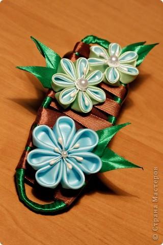 я сделала этот цветок на 3-й день после моего первого знакомства с канзаши )  фото 5