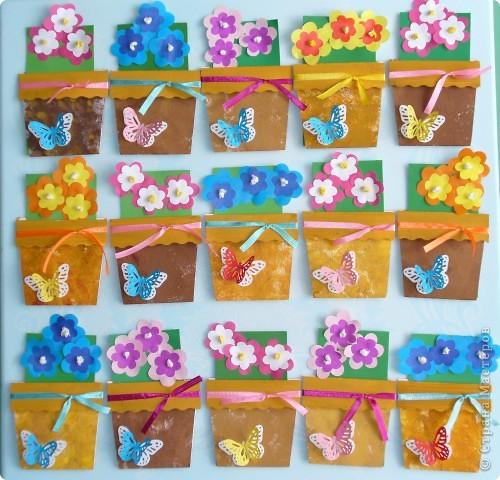 Очень мне нравится цветочные горшочки, которые делают мастерицы Страны Мастеров. Эти горшочки сделали дети второй младшей группы для своих мам. фото 1