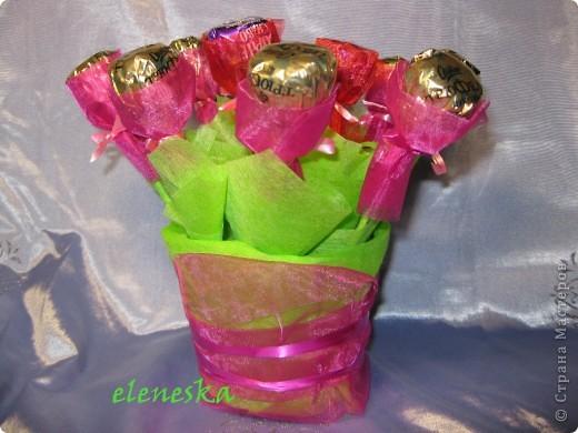 Букетик из конфет фото 1