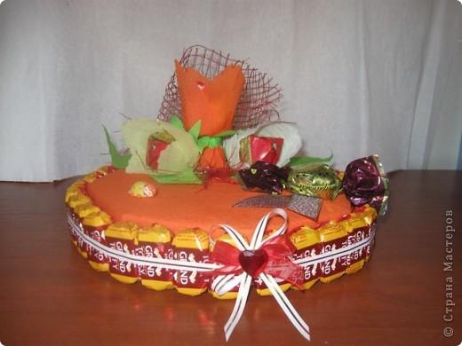 Торт и букет из конфет. фото 6