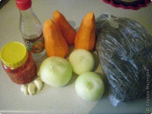 Рецептов приготовления морской капусты очень много. Это мой фирменный рецепт. Он основан на общении с корейцами и изучении корейской кухни. Попробуйте. Салат такой полезный! фото 2