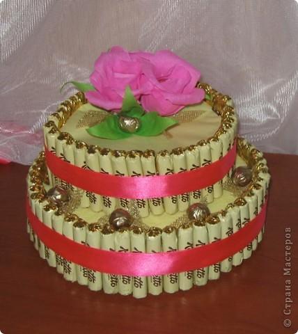 Торт и букет из конфет. фото 1