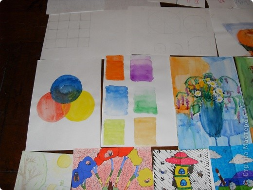 Это картины выполненные карандашом и углём(есть 2 выполненные фломастеом и несколько ручкой). фото 3