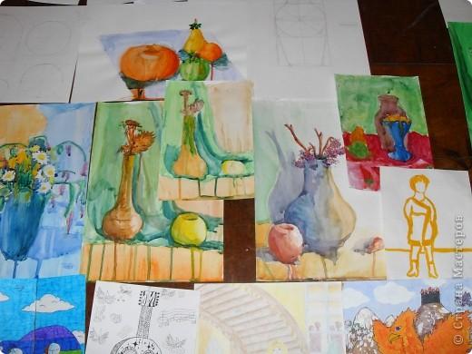 Это картины выполненные карандашом и углём(есть 2 выполненные фломастеом и несколько ручкой). фото 4