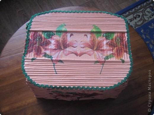 Вот такая корзиночка для всякой всячины родилась у меня ко дню 8 марта маме. фото 2