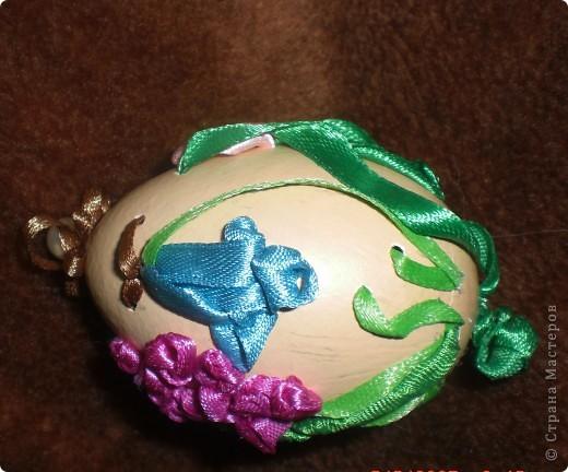 """""""Иван да Марья""""-мое второе вышитое яйцо. Никак не хотело фотографироваться-пришлось подпереть первой своей работой фото 4"""