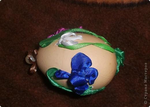 """""""Иван да Марья""""-мое второе вышитое яйцо. Никак не хотело фотографироваться-пришлось подпереть первой своей работой фото 3"""