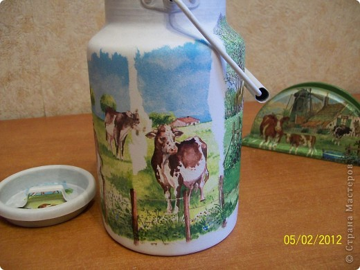 Добрый день.Я опять с деревенской темой.Коровки,коровки вот только пастушка не хватает.На этот раз трио и опять все на дачу. фото 6