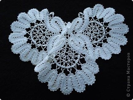 Жабо для украшения платья. Сплетено из белых ниток х/б, белого ириса. фото 3
