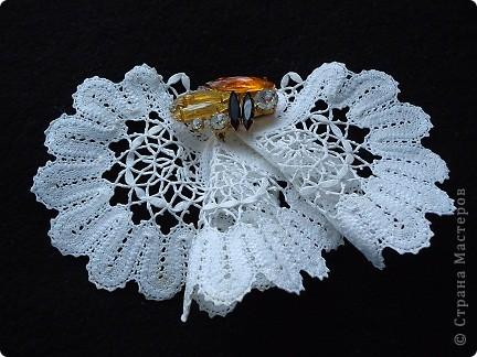 Жабо для украшения платья. Сплетено из белых ниток х/б, белого ириса. фото 5