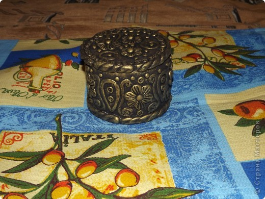 золотая шкатулка для драгоценностей фото 1