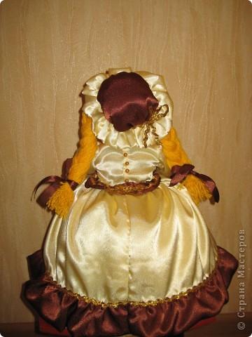Меня просили сшить куклу на чайник. Вот такая Маруся у меня получилась. Теперь она живёт в Нижнем Новгороде! фото 3