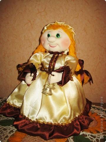 Меня просили сшить куклу на чайник. Вот такая Маруся у меня получилась. Теперь она живёт в Нижнем Новгороде! фото 4