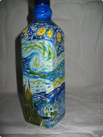 Бутылка обклеена шпагатом, акрилом нарисованные перышки и покрытые лаком. фото 2
