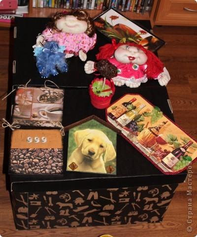 Очередная коробка для чайных пакетиков. Поехала жить, в подарок на 8 марта, к соседке. Говорит понравилось.... мне не очень... фото 14