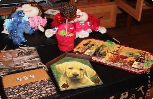 Очередная коробка для чайных пакетиков. Поехала жить, в подарок на 8 марта, к соседке. Говорит понравилось.... мне не очень... фото 16