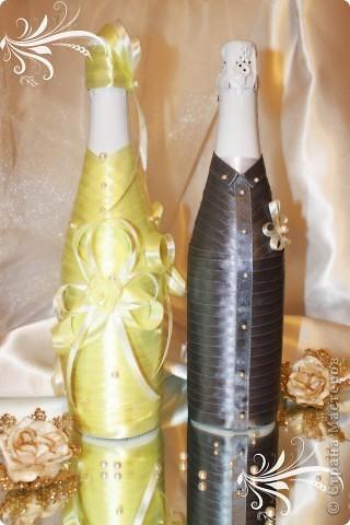 Свадебный набор выполнен с учетом пожеланий невесты - главный акцент - атласные ленты. Надеюсь получилось довольно-таки неплохо )) фото 2