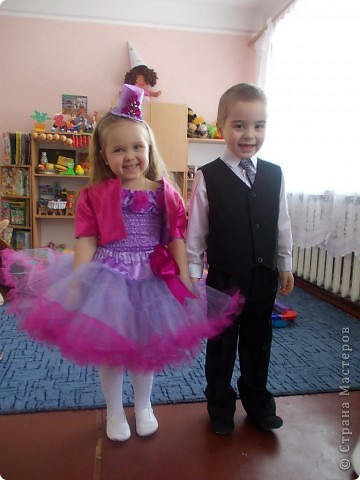 Вот такой костюмчик я шила дочке на 8 марта. фото 1