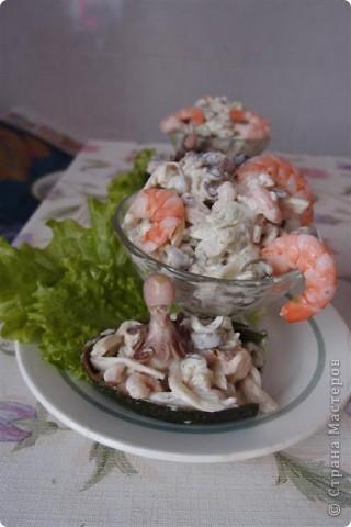 Салат из морепродуктов фото 1