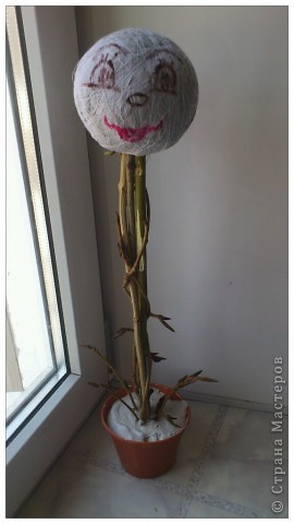 По просьбам желающих сделала МК Деревца из роз.Сразу оговорюсь, своего почти ничего не выдумала,всё нашла в нашей Стране,отличный МК роз есть у ...Валентины...,огромное ей СПАСИБО! Просто покажу как это делаю я. Итак начнём... фото 23