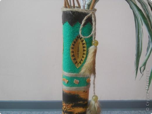Взяла 4 трубочки из-под флористической сетки и склеила между собой. фото 11