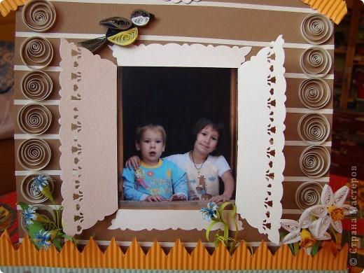 Сделала домик для мамы на День Рождения. Он плоский, а сзади подставочки. фото 2