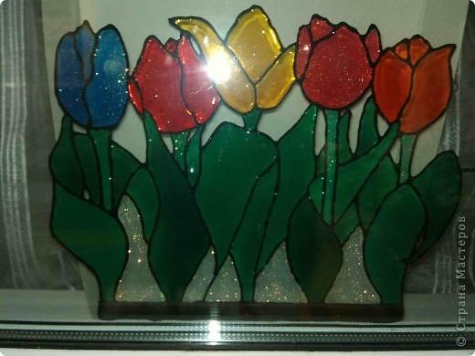 Здравствуйте, купили летом витражные краски Луч и украсили окна в доме у тёщи. фото 5