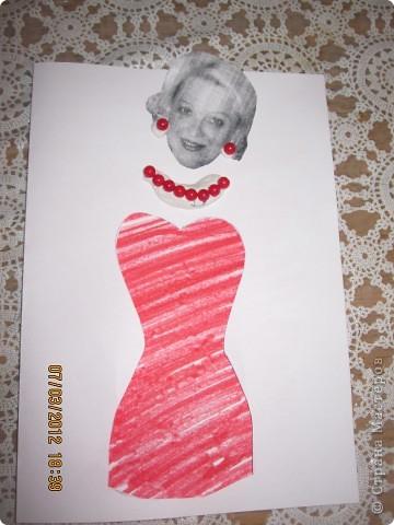 открытки на 14 февраля. я распечатала картинки, вырезала сердечки, предложила сыну зарисовать внутреннею часть открытки. фото 9