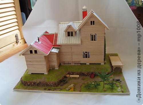 Макет дачного дома с кусочком прилегающей территории. Уже готов первый этаж, баня с верандой. фото 3